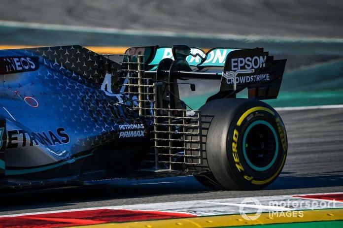 Mercedes F1 W11 EQ Power+, alerón trasero