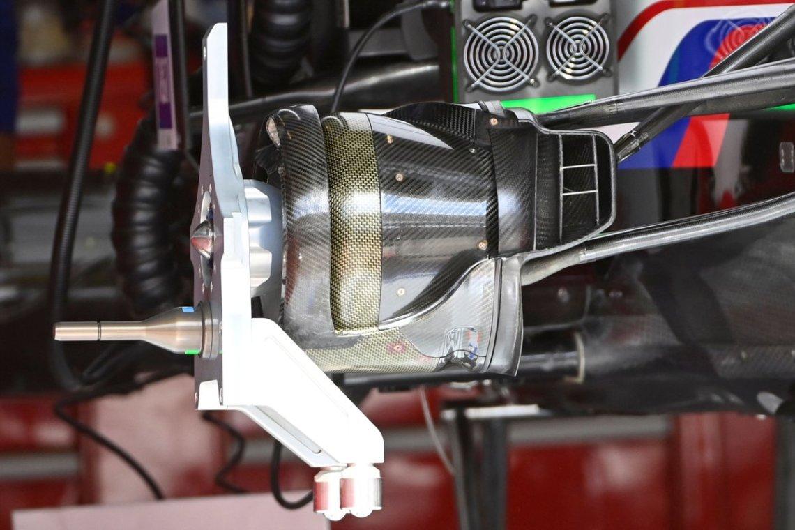 Haas VF-21 brake drum detail