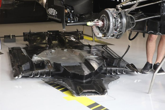 The flat bottom of the Renault F1 Team R.S.19