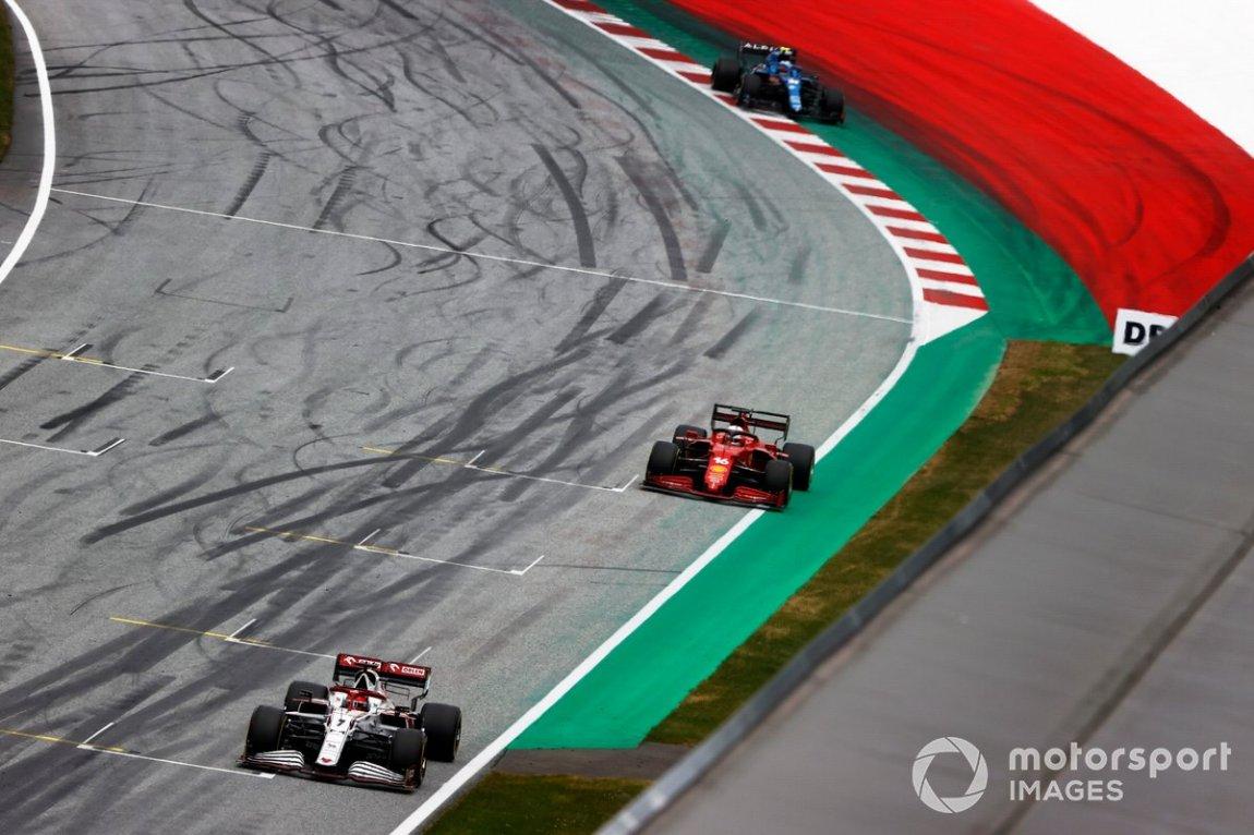 Kimi Raikkonen, Alfa Romeo Racing C41, Charles Leclerc, Ferrari SF21, and Esteban Ocon, Alpine A521