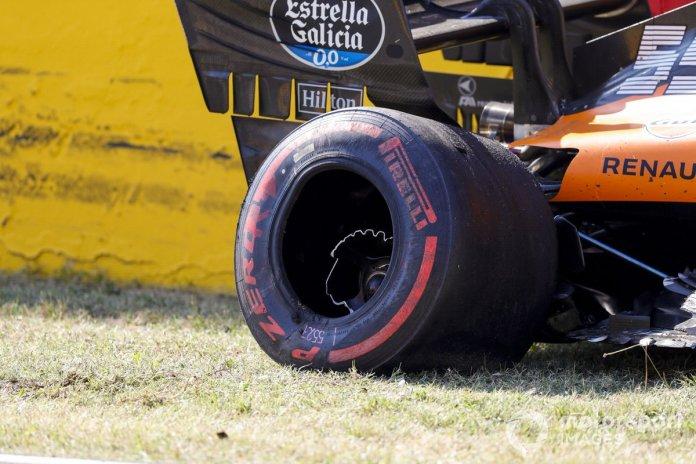 El monoplaza dañado de Carlos Sainz Jr., McLaren MCL35