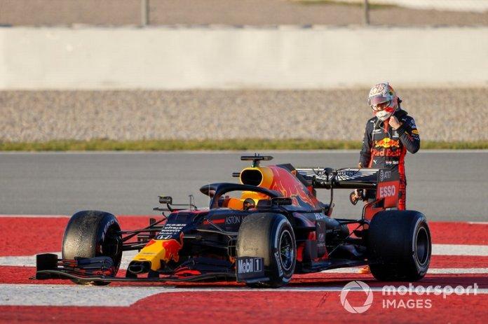 Max Verstappen, Red Bull Racing, detenido en pista