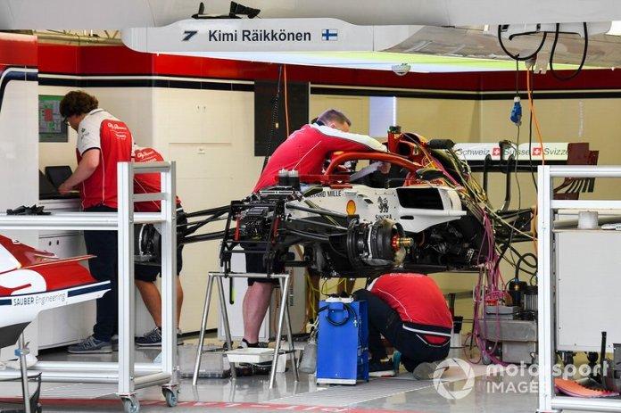Suspensión delantera del Alfa Romeo Racing C38