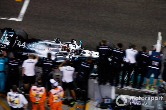 Ganador de la carrera Lewis Hamilton, Mercedes AMG F1 W10