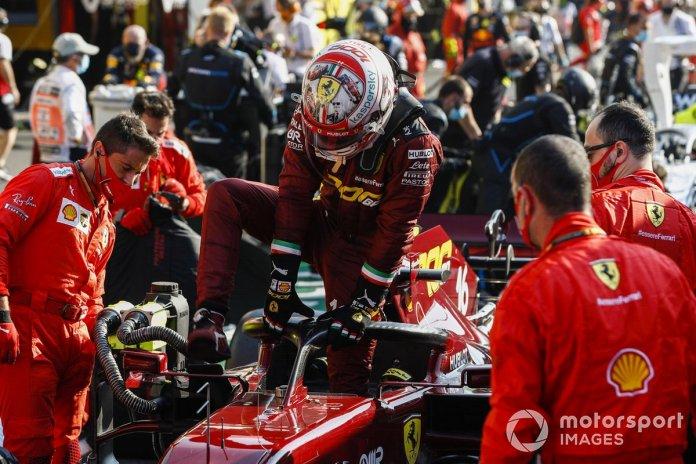 Charles Leclerc, Ferrari, en pit lane
