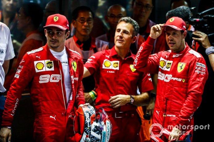 Il vincitore della gara Sebastian Vettel, Ferrari e Charles Leclerc, Ferrari al Parc Ferme
