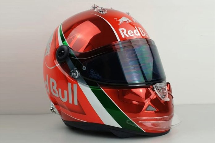El casco de Daniil Kvyat, Toro Rosso, para el GP de Italia