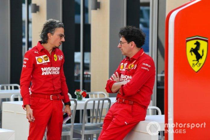 Laurent Mekies, director deportivo de Ferrari, y Mattia Binotto, jefe del equipo Ferrari