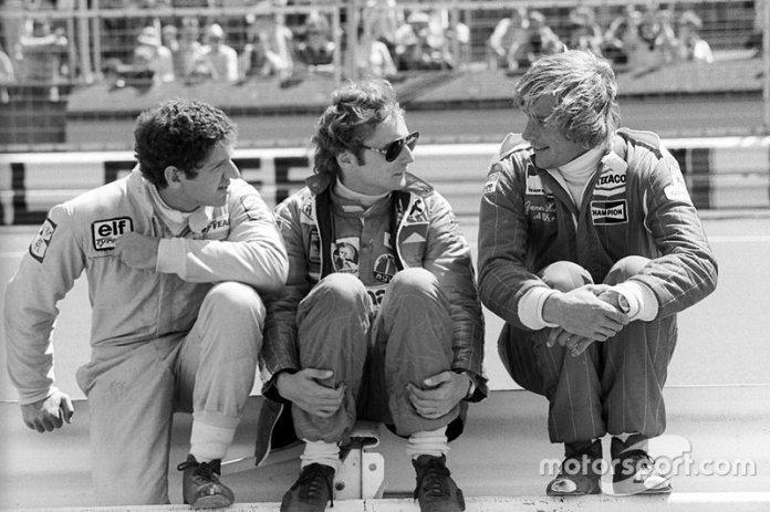 Jody Scheckter, Tyrrell, Niki Lauda, Ferrari, y James Hunt, McLaren