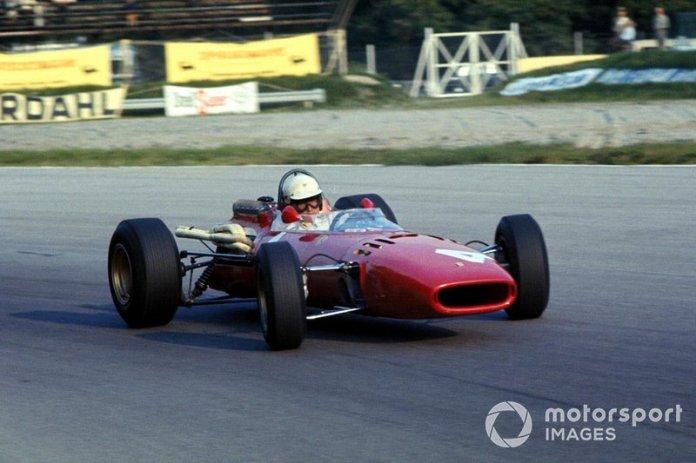 30: Mike Parkes, Ferrari 312