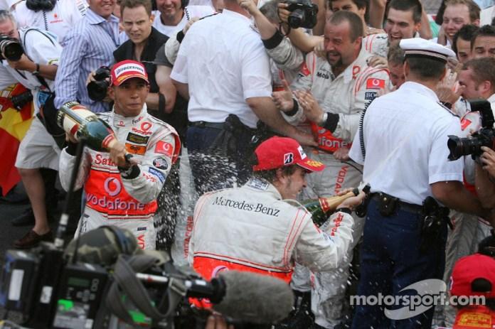 Lewis Hamilton y Fernando Alonso en 2007