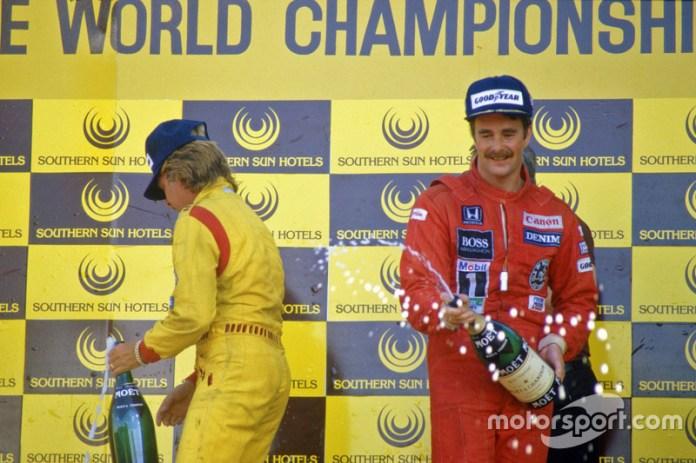Kyalami 1985: en el podio con Keke Rosberg