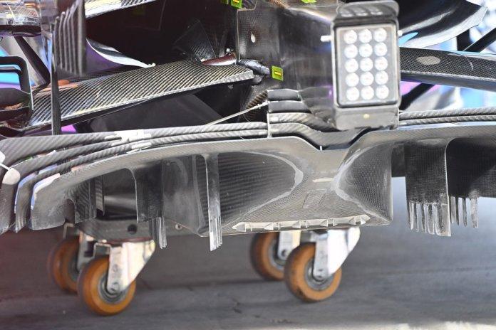 Detaje të shpërndarësit McLaren MCL35