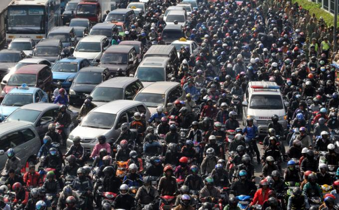 https://i2.wp.com/cdn-2.tstatic.net/tribunnews/foto/bank/images/20140115_232024_ribuan-motor-bikin-macet-jakarta.jpg