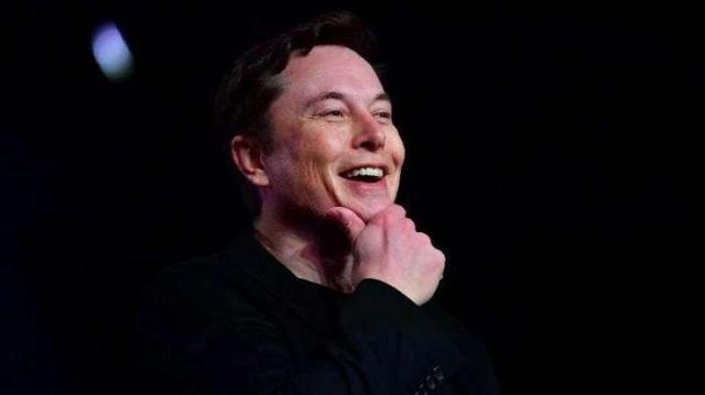 ULAH Orang Terkaya Dunia, Elon Musk Banderol Cuitan di Twitter Rp 15 Miliar, Apa Keunikannya? - Warta Kota