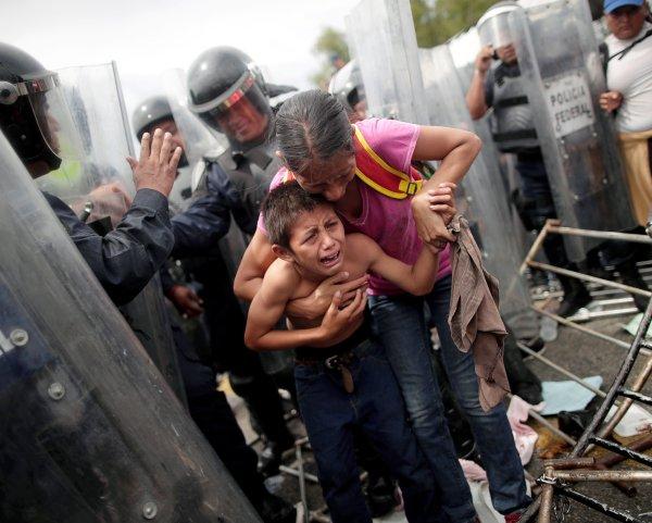Los hondureños intentan escapar de la violencia y pobreza en su país.