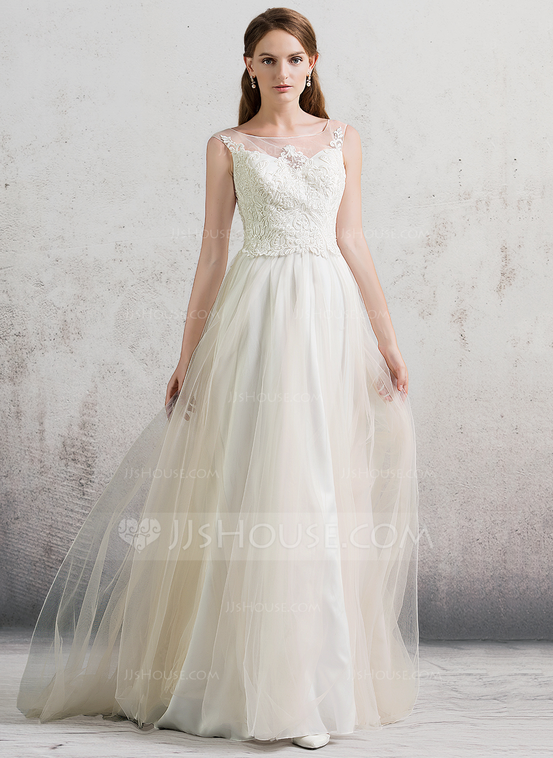 A LinePrincess Scoop Neck Sweep Train Tulle Wedding Dress