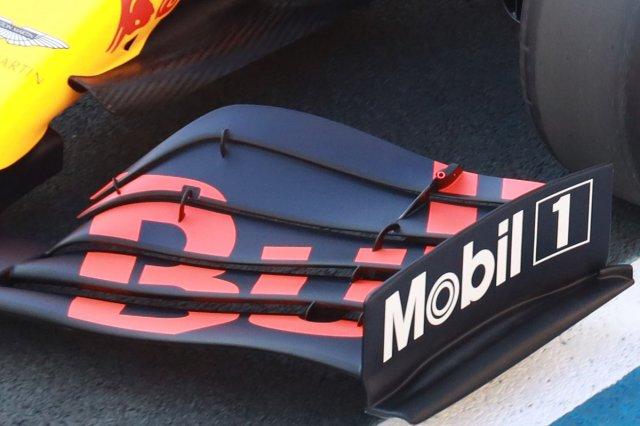 Aile avant d'Alex Albon, Red Bull Racing RB16
