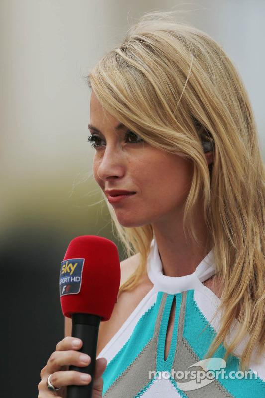 Sarah Winkhaus, Sky Sports F1 Presenter at Bahrain GP