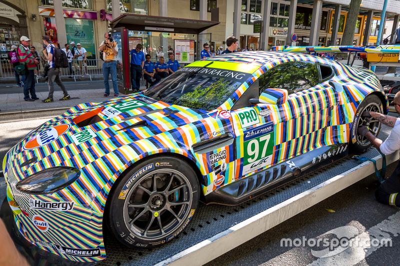 Great #99 Aston Martin Aston Martin Vantage GTE: Fernando Rees/Alex  MacDowall/Richie Stanaway