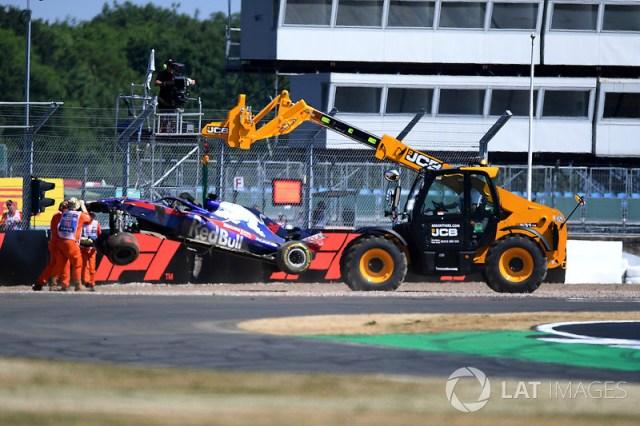 Mobil Brendon Hartley, Scuderia Toro Rosso STR13 setelah kecelakaan