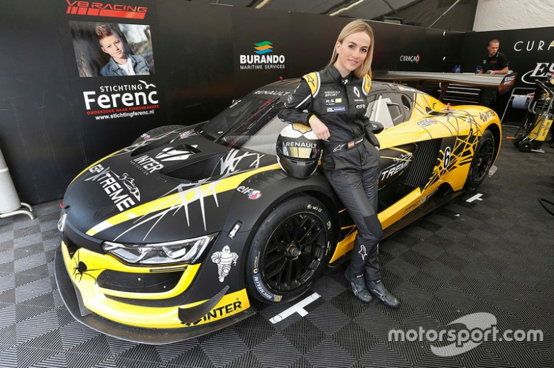 #6 V8 Racing Renault RS01: Carmen Jorda at Renault Sport ...