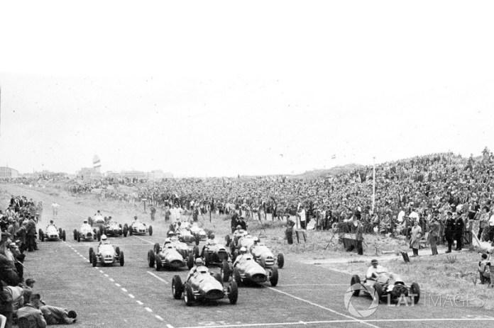 Alberto Ascari, Ferrari 500 y Mike Hawthorn, Cooper T20-Bristol en Zandvoort