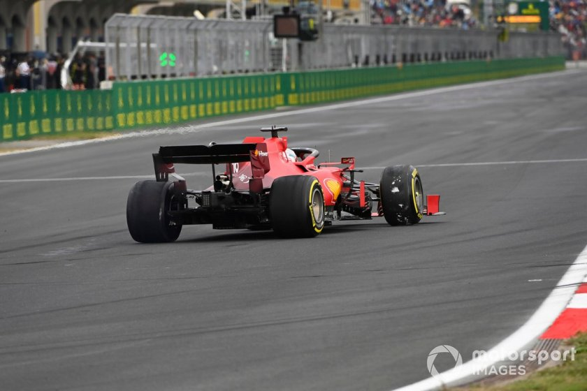 Charles Leclerc, Ferrari SF21 with a lighter spoon rear wing