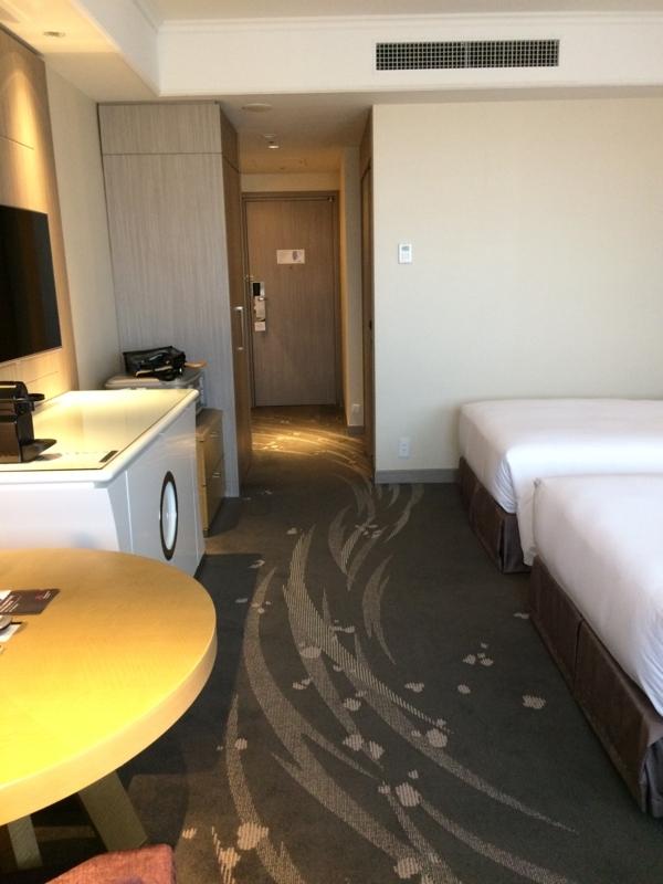 東京マリオットホテルのデラックスツインルームの入り口