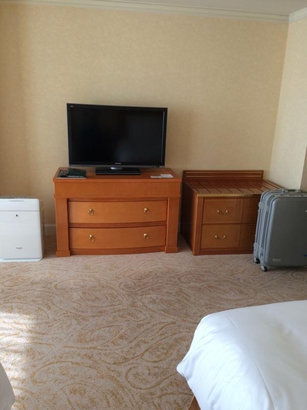 名古屋マリオットホテルの客室のテレビ