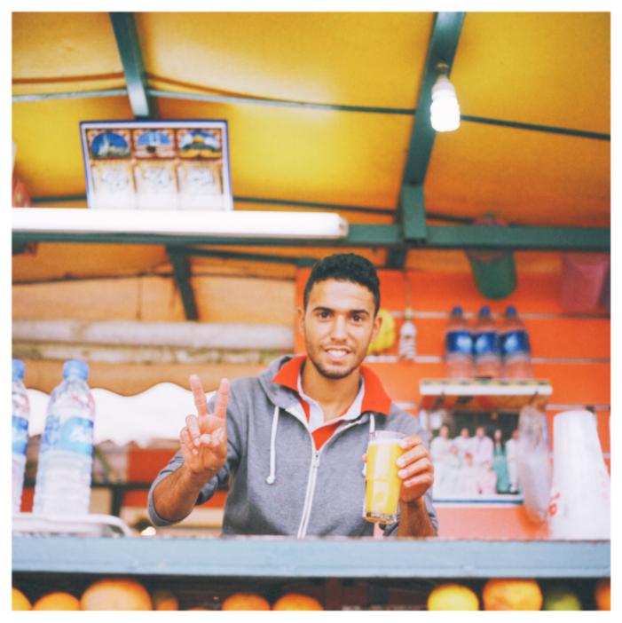 モロッコ マラケシュ フナ広場 屋台のオレンジジュース