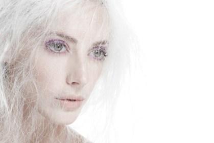 Kalamakeup creative white hair purple eyes makeup