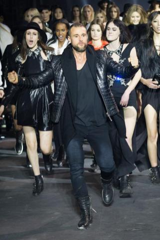 Milan Fashion Week Philipp Plein show 2015 makeup by Kalam