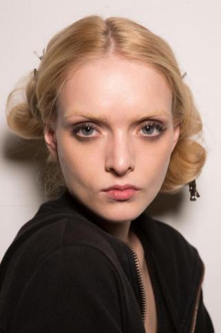 Milan Fashion Week Vivetta show 2015 makeup by Kalam