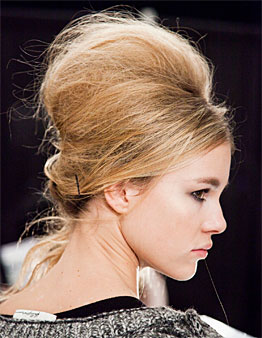 brides with root lifting hair style