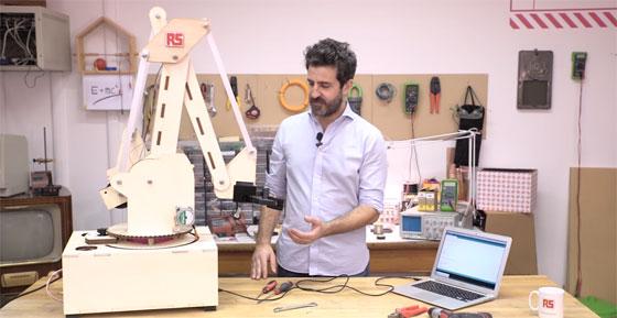 Cómo hacer un brazo robot industrial con Arduino