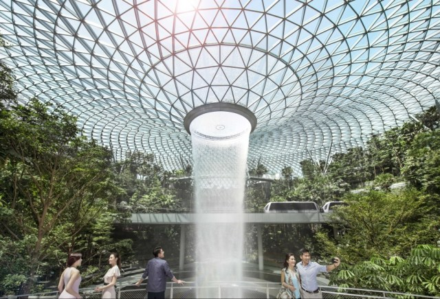 Jewel Changi HSBC Rain Vortex
