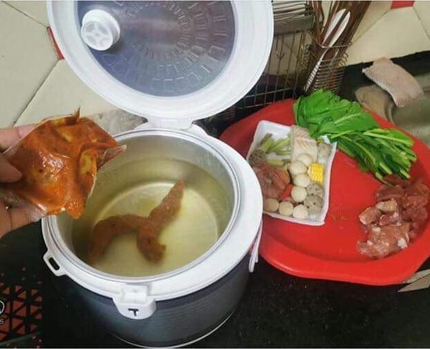 momen apes waktu masak © 2020 instagram.com