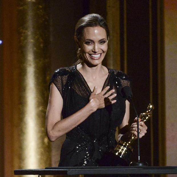 Un Oscar d honneur pour Angelina Jolie