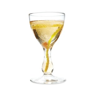 Classic Cocktail: Champagne Cocktail