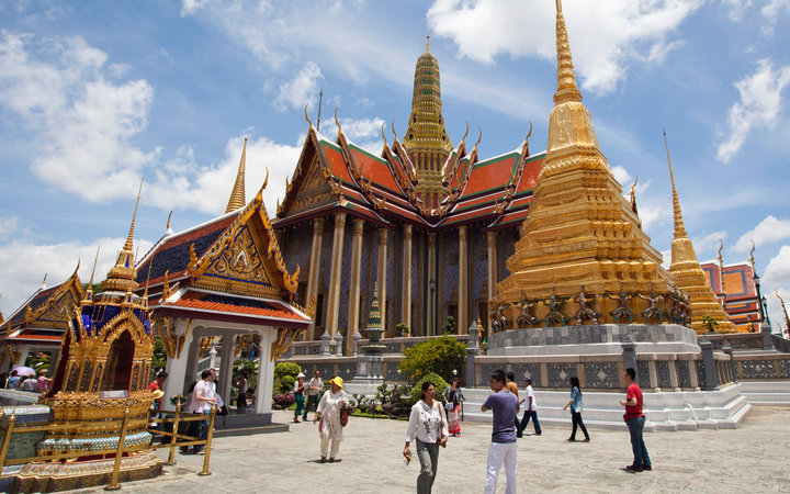https://i2.wp.com/cdn-image.travelandleisure.com/sites/default/files/styles/720x450/public/201411-w-worlds-most-visited-tourist-attractions-grand-palace-bangkok.jpg