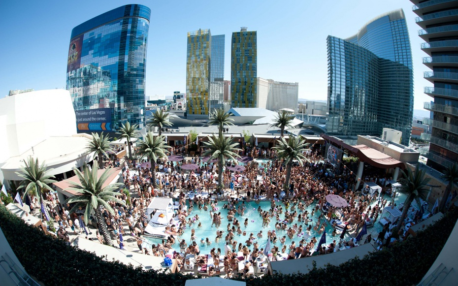 Image result for vegas bar in the swimming pool
