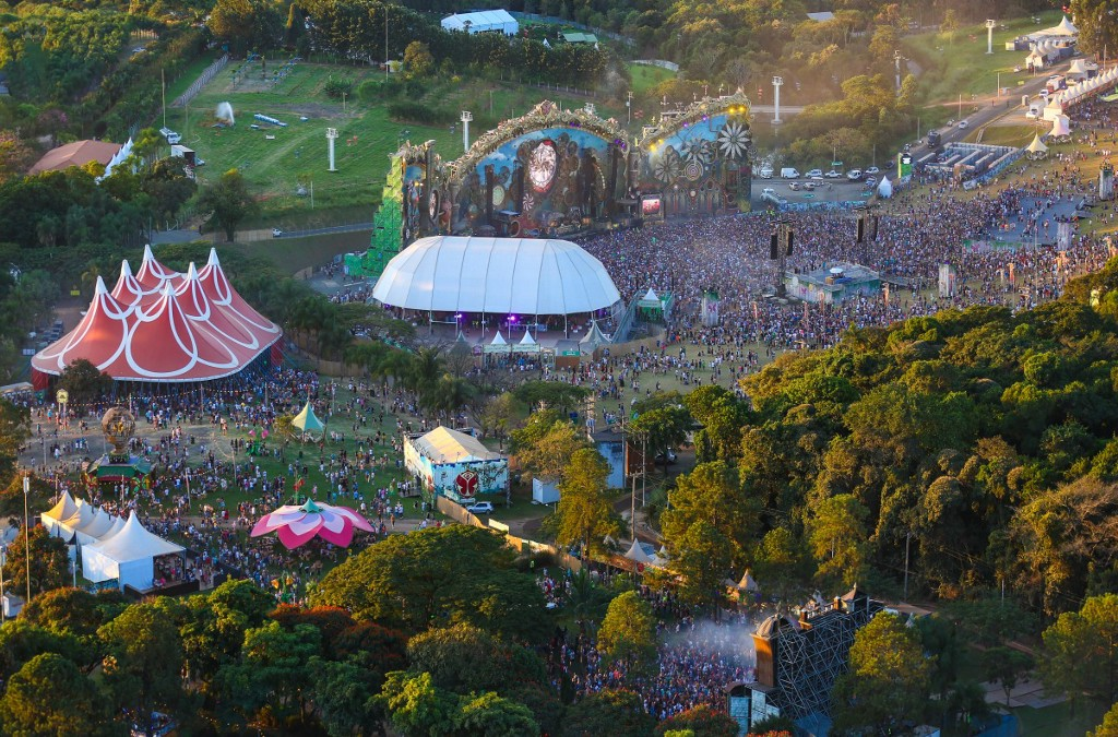 tomorrowland2016 02
