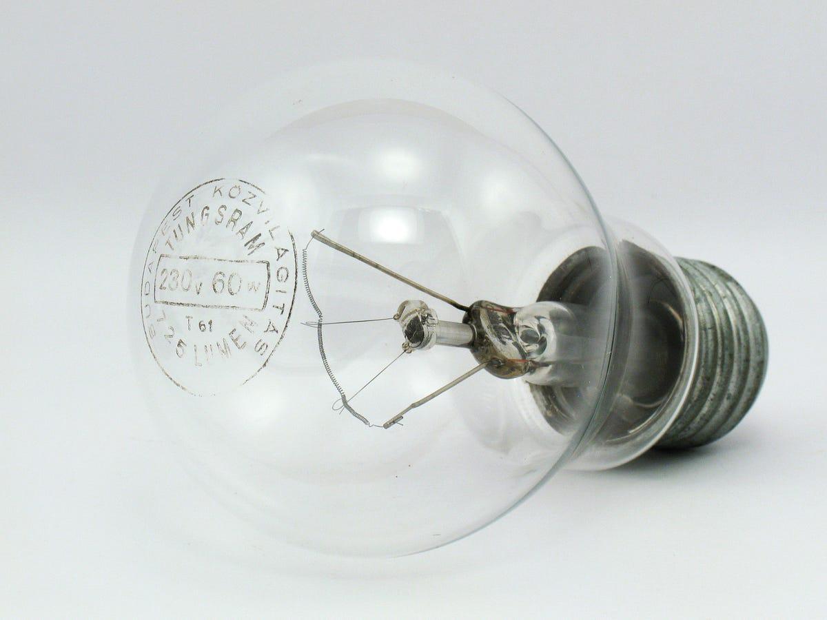 5 Different Types Of Light Bulbs Eileen Garcia Medium
