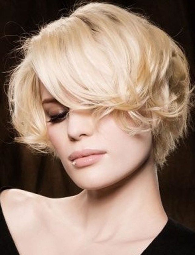 SHORT HAIRCUTS IN AUTUMN WINTER 2019 2019 Hair  Medium