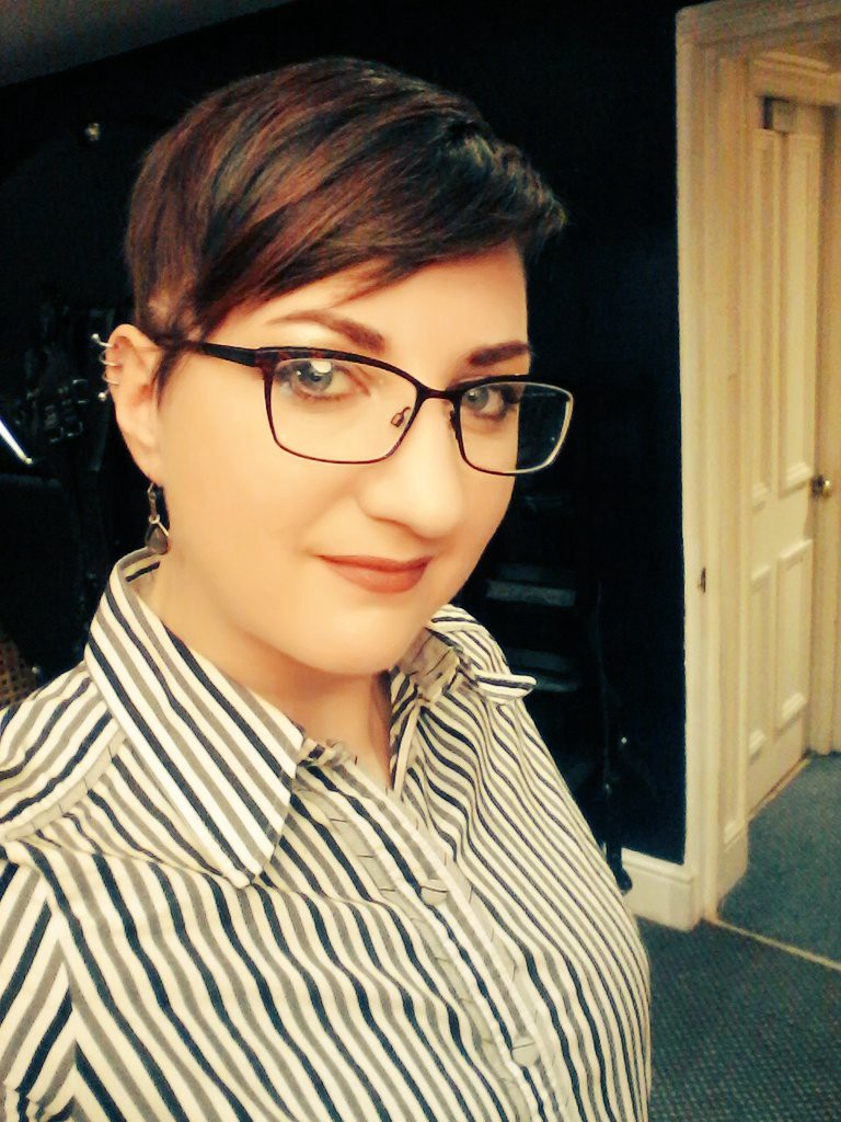 Pandora Blake Medium