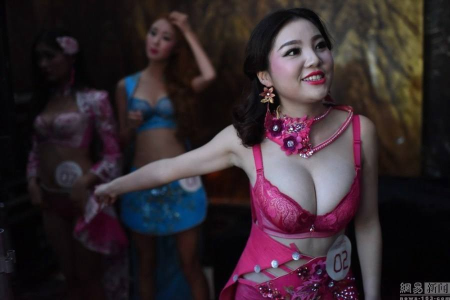 Movie Studio Holds Breast Model Contest Winner Gets Hired