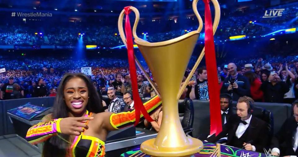 Naomi wins Women's Battle Royal