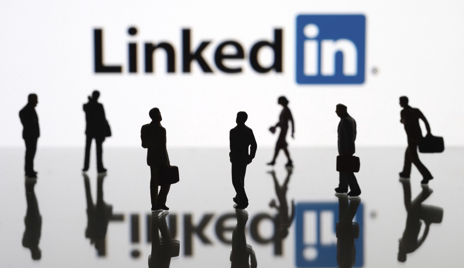 How to make your LinkedIn Profile Work for you     Resume Writing     Medium Most of the job searching and shortlisting of the resume is take place via  online these days  And there are many platforms out there to make your  resume