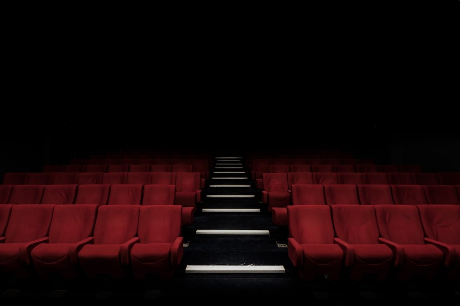 Spoiler  Movie Theaters Are Dying Because They Mostly Suck